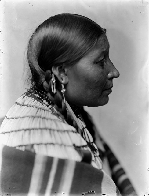 Dakota Sioux Woman and Native American DNA